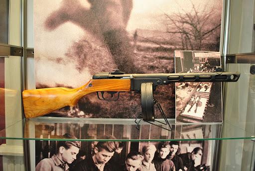 Фото №2 - Винтовка Мосина и другие знаменитые советские военные бренды