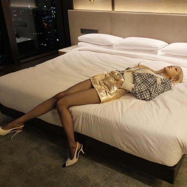 Фото №1 - «Это безумие»: чем Бритни Спирс поразила Розэ из BLACKPINK?