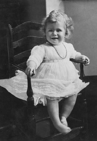 Фото №4 - Принцесса Шарлотта растет копией прабабушки: 4 доказательства
