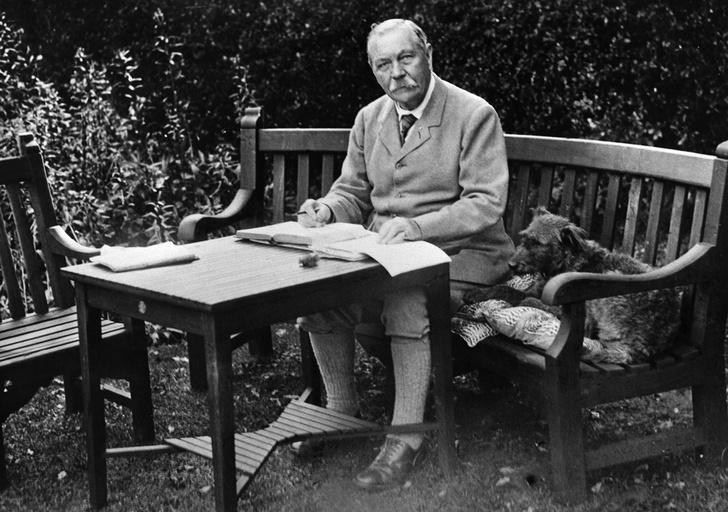 Фото №6 - 7 неизвестных фактов об известных писателях