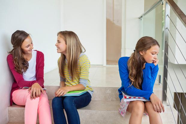 Фото №1 - Новенький в классе: как помочь ребенку влиться в коллектив