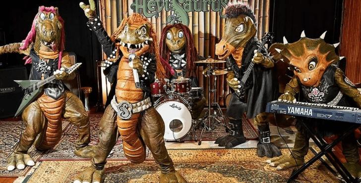Фото №6 - Вау! Cамые странные и необычные певцы и музыкальные группы 😱