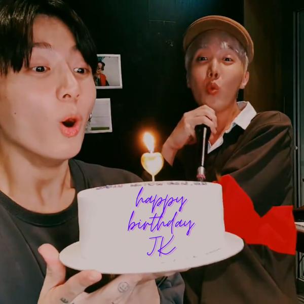 Фото №1 - Трансляция Чонгука из BTS в честь дня рождения: песни, торт и веселый Джей-Хоуп 🥳💜