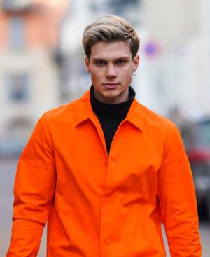 Фото №9 - 9 стильных стрижек для мужчин: тренды осени-2020