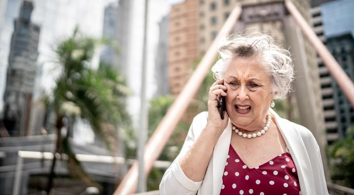 Почему у пожилых людей портится характер?