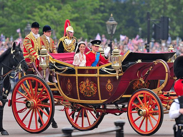 Фото №2 - Принцы, королевы, султаны: как выглядели монаршие гости свадьбы Кейт и Уильяма