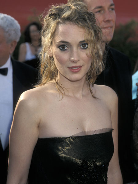 Вайнона Райдер, церемония «Оскар», 2001 год