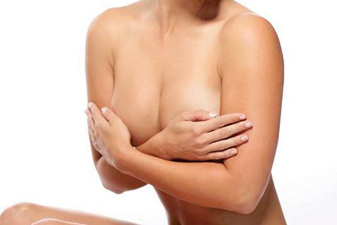 Фото №1 - 10 мифов маммопластики в которые вы продолжаете верить