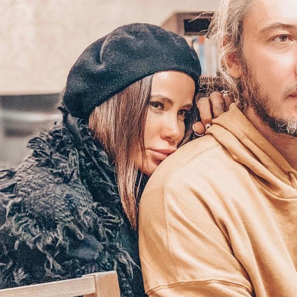 Фото №4 - Барсук, Дылда и Мусеночек: как российские звезды называют своих избранников