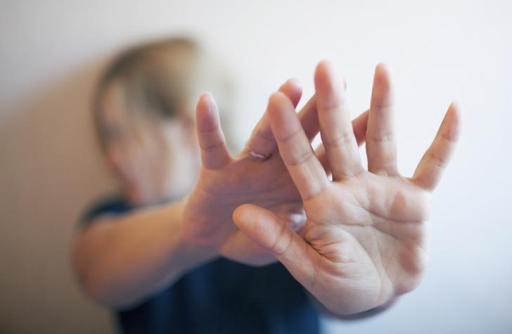 Фото №1 - «У нас же люди быстро мирятся»: председатель Госдумы Плетнева высказалась против ужесточения закона о домашнем насилии