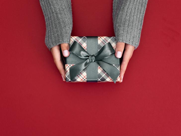 Фото №2 - Этикет подарков: что не принято и даже опасно дарить в других странах