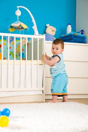Фото №3 - Ранние дети: первые шаги до года