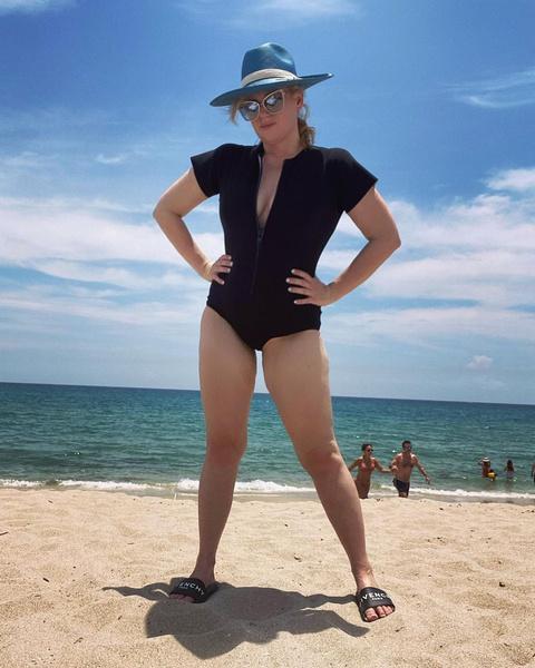 Фото №1 - Звезда «Идеального голоса» Ребел Уилсон похудела на 30 кг и поразила поклонников новыми фото
