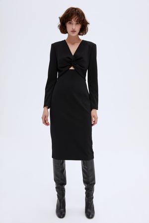 Фото №22 - Самые модные наряды для встречи Нового 2021 года: 6 главных трендов