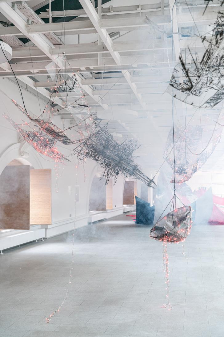 Фото №5 - В Петербурге открылась выставка южнокорейской художницы Ли Бул