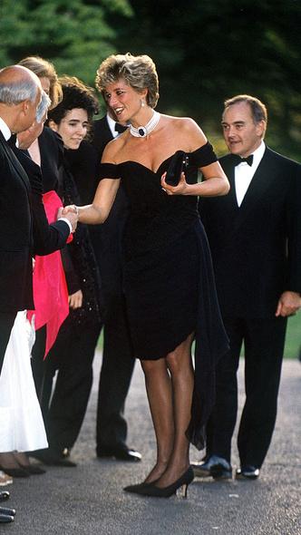 Фото №3 - 10 платьев принцессы Дианы, которые вошли в историю моды и изменили ее