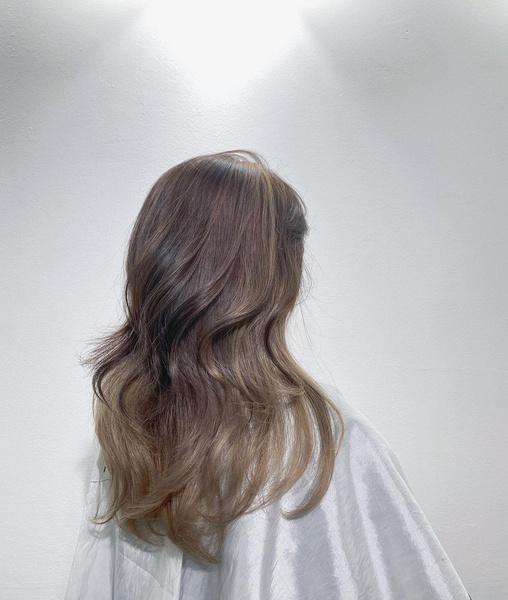 Фото №10 - Стрижка каскад: 10 модных вариантов на средние и длинные волосы
