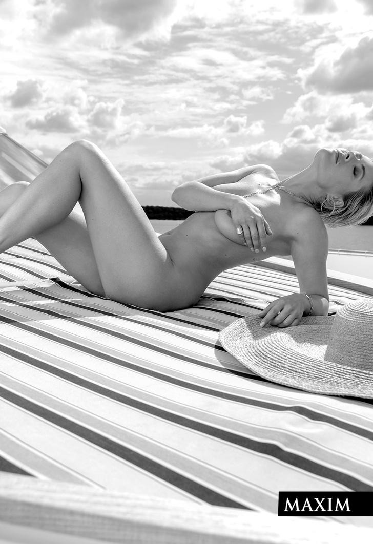 Фото №2 - Актриса Виктория Маслова: эксклюзивные фото со съемки в MAXIM, не вошедшие в журнал