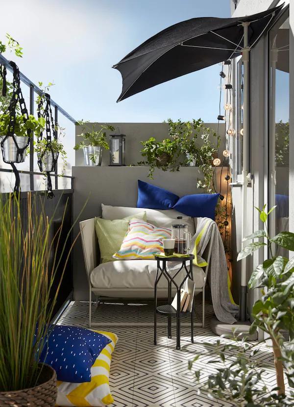 Фото №13 - Маленький балкон: полезные советы по оформлению