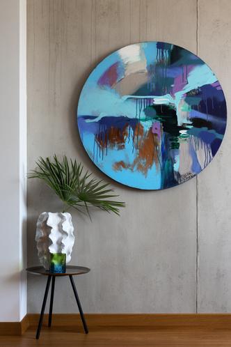 Фото №13 - Бетон, дерево и искусство в квартире на море