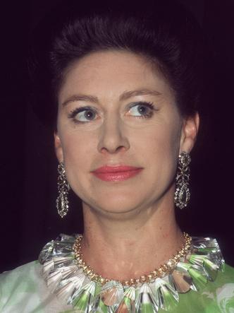 Фото №4 - От «олененка» до «куклы»: как менялся макияж принцессы Маргарет с годами