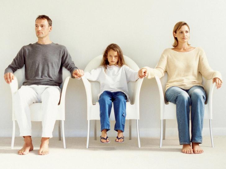 Фото №1 - 6 причин, почему не стоит сохранять брак только ради детей