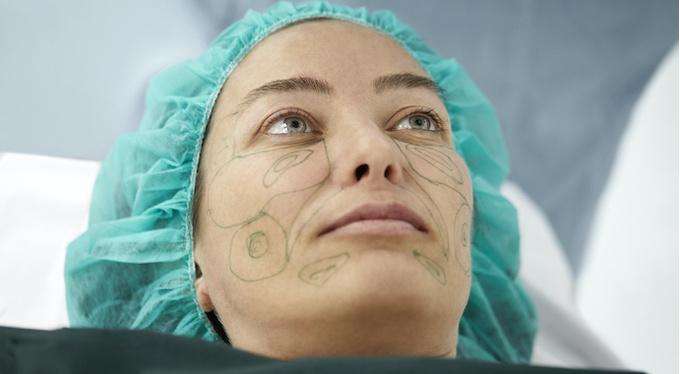 О чем вас не предупредят пластические хирурги?