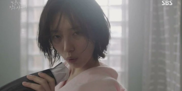 Фото №2 - Такое не забудешь: 10 самых впечатляющих танцев из корейских дорам 💃