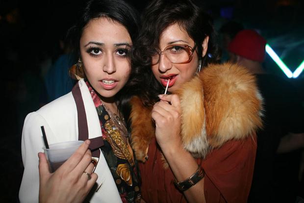 Фото №7 - Самые стильные наряды на вечеринках!