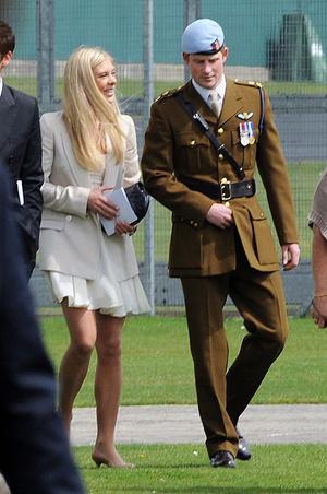 Фото №5 - 10 подружек и одна жена: как менялся вкус принца Гарри