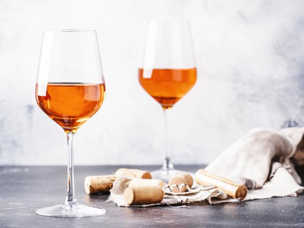 Фото №2 - Оранжевое вино: что нужно знать о самом модном напитке