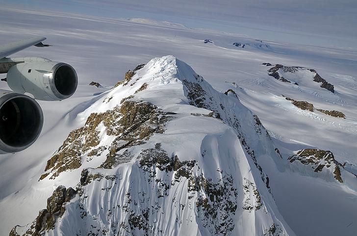 Фото №1 - Карта: какая страна на какую часть Антарктиды претендует