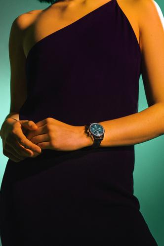 Фото №6 - Изысканные и утонченные: как выглядят новые часы TAG Heuer Carrera