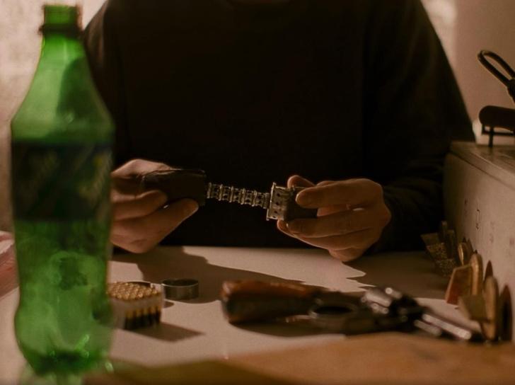 Фото №4 - Сработал бы глушитель-бутылка Данилы Багрова на самом деле?