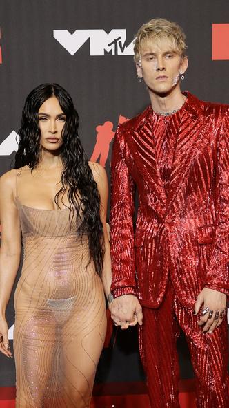 Фото №13 - Премия MTV VMA 2021: лучшие, худшие и самые яркие образы церемонии