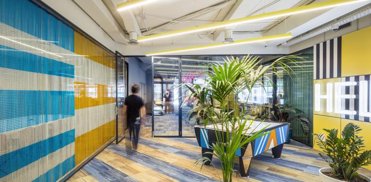 Фото №1 - Яркий офис в Барселоне по проекту El Equipo Creativo