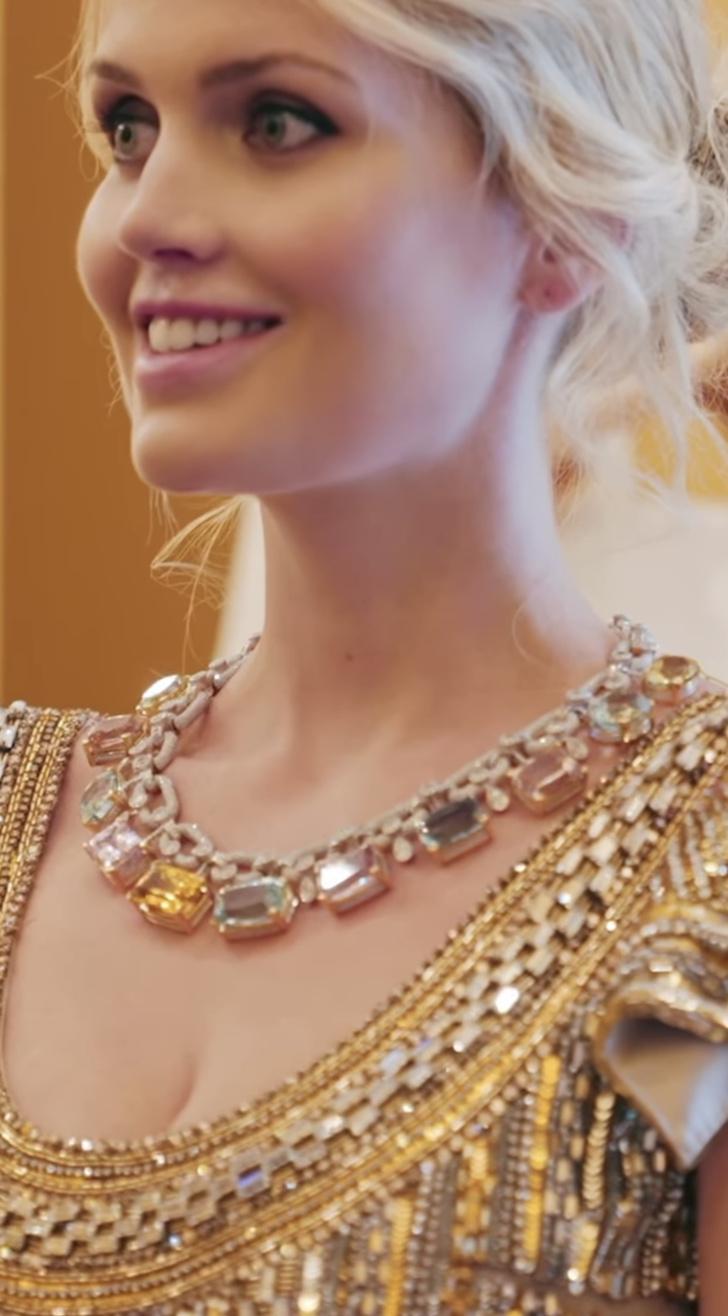 Фото №6 - Абсолютный рекорд: пять кутюрных платьев невесты на королевской свадьбе Китти Спенсер