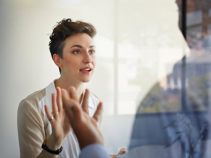 Фото №3 - 7 поступков, которые разрушат вашу репутацию на работе