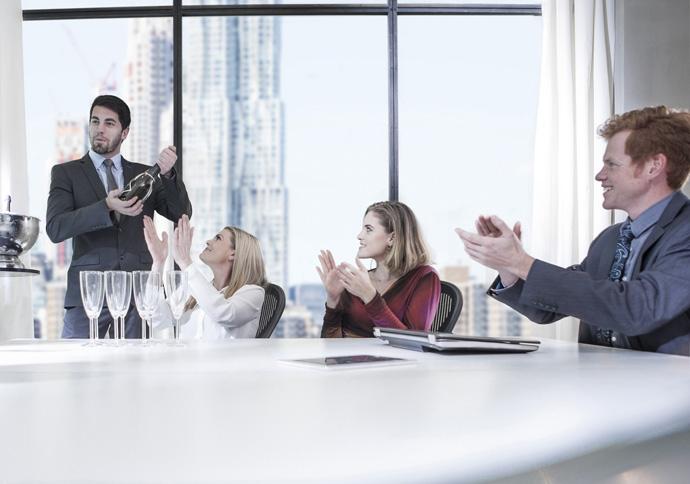 Как алкоголь влияет на переговорный процесс