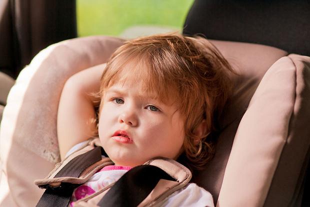 Фото №1 - Несносный пассажир: как вести себя с ребенком в машине