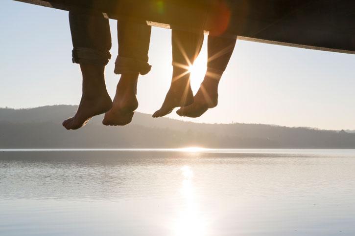 Фото №1 - Как сохранить романтику в браке: четыре секрета счастливых пар