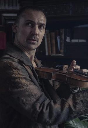 Фото №2 - Пальто как у Шерлока: где купить похожие