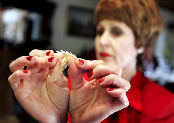 Фото №2 - «Если бы у меня там были зубы…»: как был создан, но так и не поступил в продажу женский презерватив-капкан