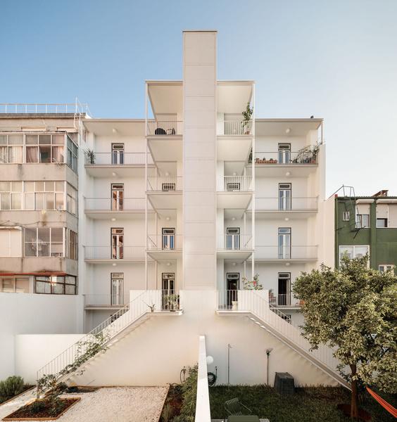 Фото №2 - Дом в Лиссабоне в бежевых тонах