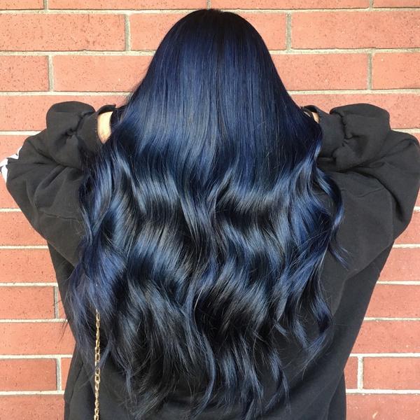 Фото №9 - Тренды осени 2021: самые модные окрашивания волос