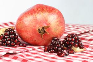 Фото №1 - Рубиновые зерна (гранат)