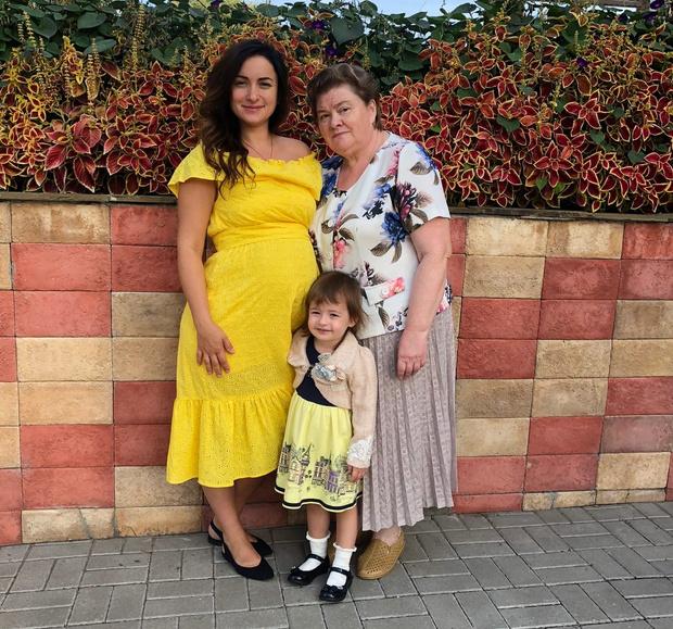 Фото №10 - 15 фото, которые докажут: дочки превращаются в копии своих мам