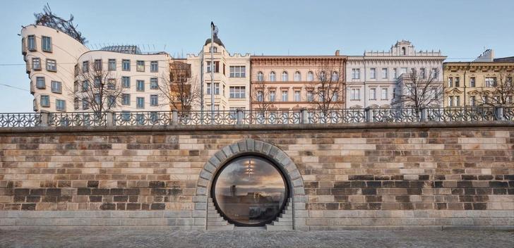 Фото №1 - Набережная в Праге после реконструкции