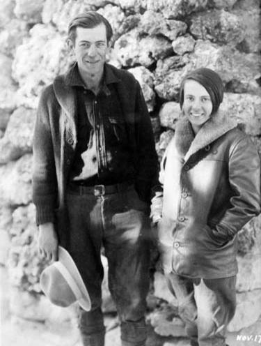 Глен и Бесси Хайд в середине своего путешествия по Гранд-Каньону