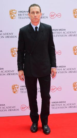 Фото №9 - Теле-BAFTA 2021: самые стильные знаменитости на красной дорожке